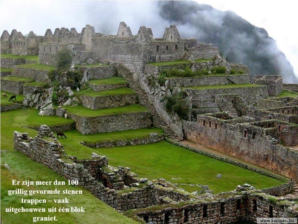 Het is onbekend of de Inca`s informatie nagelaten hebben over hun manier van bouwen, daar hun schrift, Quipos genaamd, nooit vertaald is.