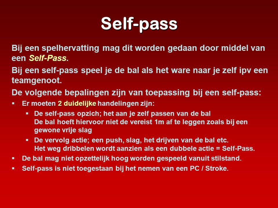 Self-pass Bij een spelhervatting mag dit worden gedaan door middel van een Self-Pass. Bij een self-pass speel je de bal als het ware naar je zelf ipv