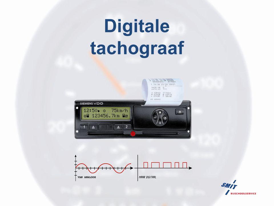 Digitale tachograaf 72 Vergelijk de tachograafschijf met de print-out; Op de 'oude' tachograafschijf zag u ondermeer de afstandsregistratie.