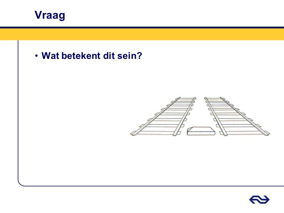 Antwoord Vrijbalk •Aanduiding van de uiterste grens op een spoor waar spoorvoertuigen geplaatst kunnen worden zonder in aanraking te komen met spoorvoertuigen op het nevenspoor.