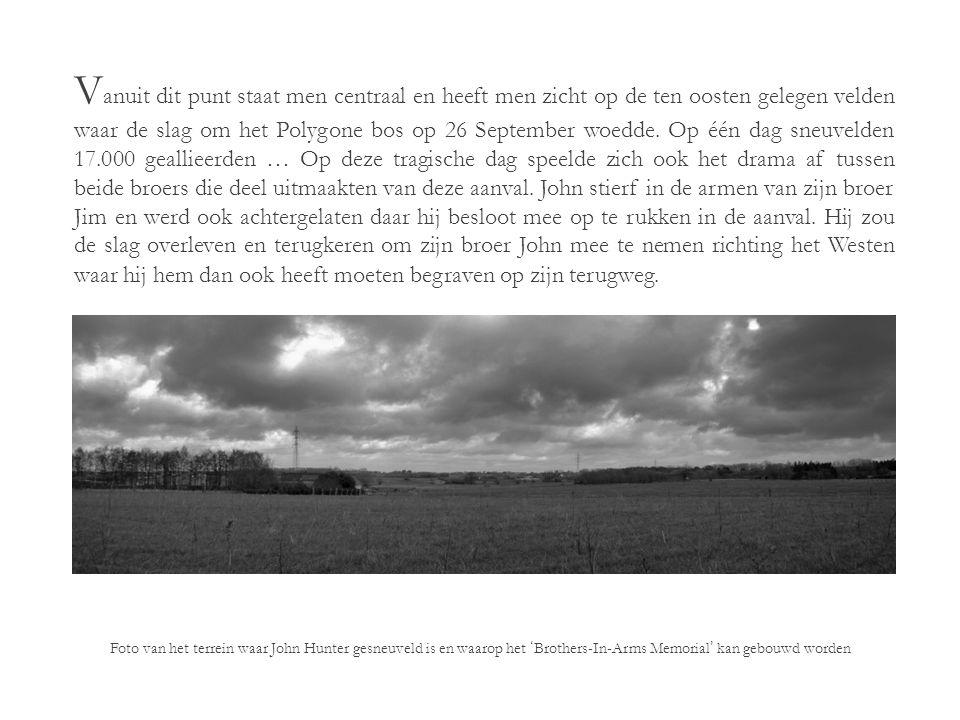 D e beoogde plaats voor het memoriaal is een hoog gelegen, licht hellend en recent bebost terrein in Zonnebeke.