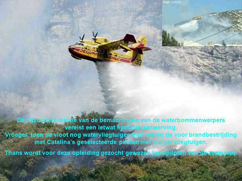 Het vliegtuig is bijna 20 m lang en heeft een vleugelbreedte van 30 m.