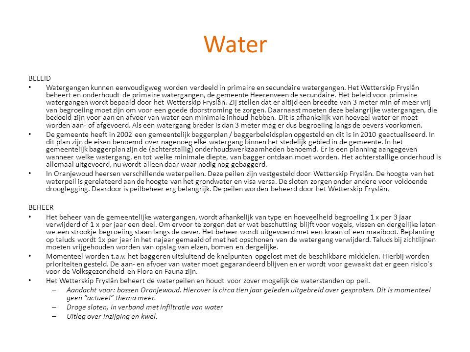 Water BELEID • Watergangen kunnen eenvoudigweg worden verdeeld in primaire en secundaire watergangen. Het Wetterskip Fryslân beheert en onderhoudt de