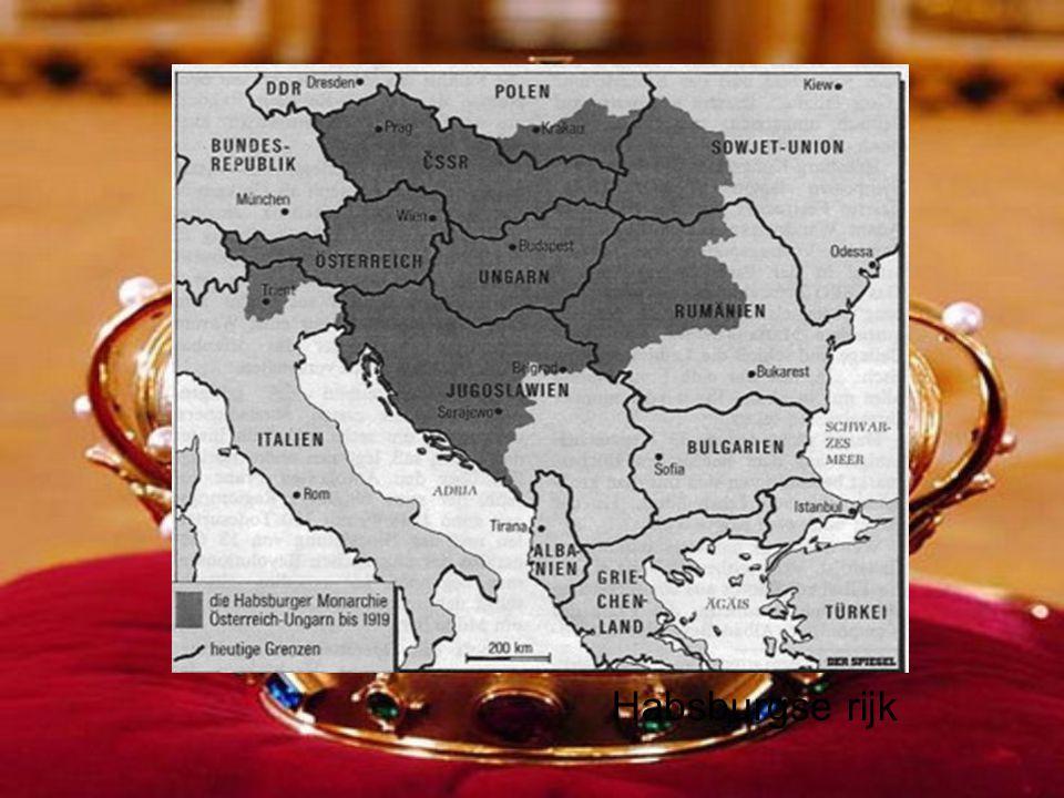 Duitse koninkrijk bestond van 911 tot 1806 Rond 1500 Duitse keizerschap losgekoppeld van pausdom