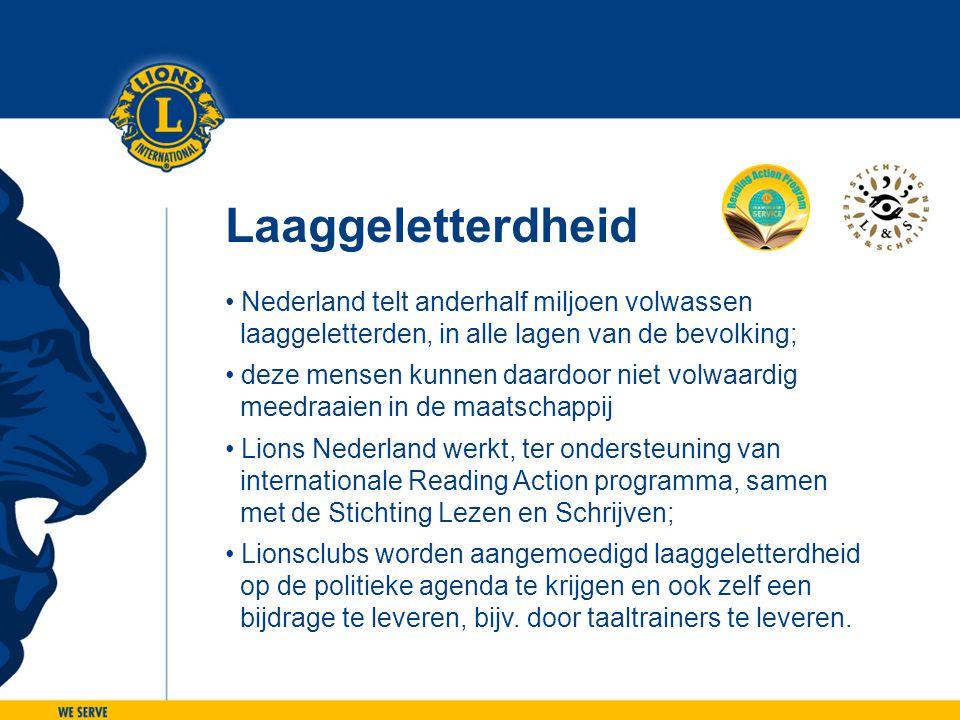 Laaggeletterdheid • Nederland telt anderhalf miljoen volwassen laaggeletterden, in alle lagen van de bevolking; • deze mensen kunnen daardoor niet vol