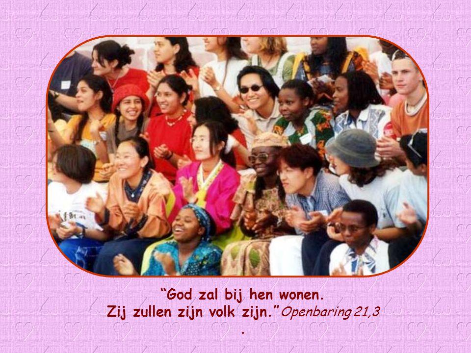 """Jezus zelf leert ons wat de voorwaarde is dat God onder ons kan wonen: """"Heb elkaar lief zoals Ik jullie heb liefgehad"""