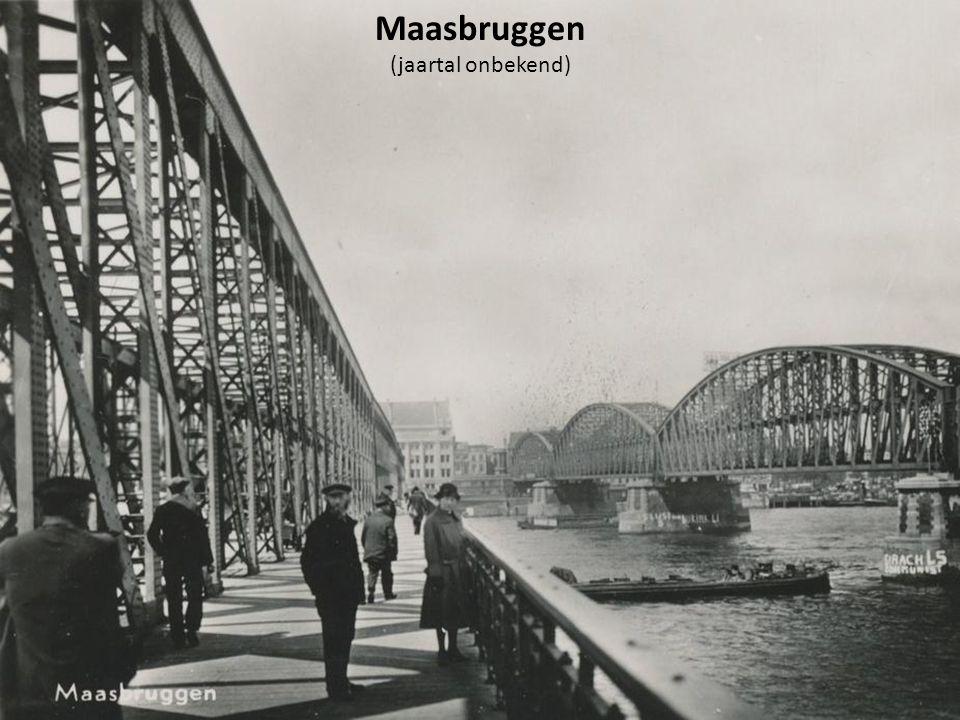Rotterdam Beurs was het eerste viaductstation in Nederland.