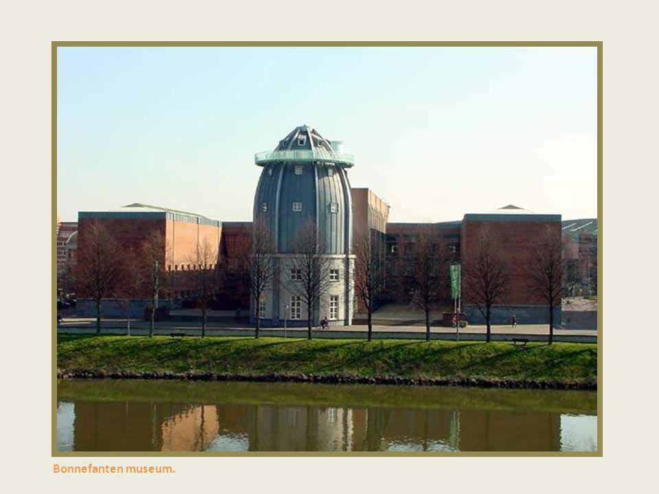Moderne architektuur Centre ceramique.