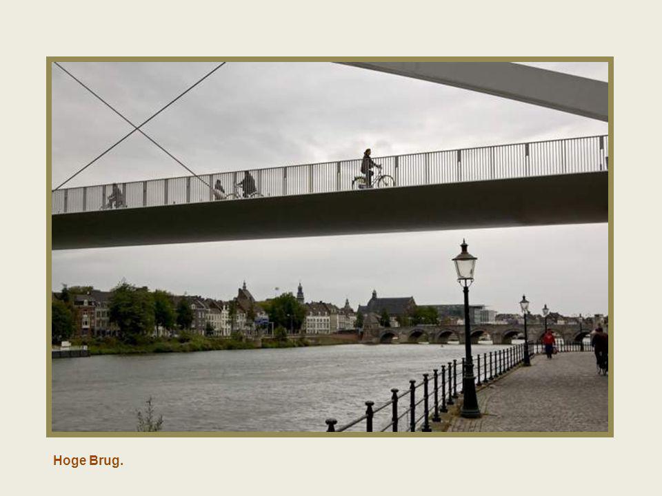 Sint Servatius brug.