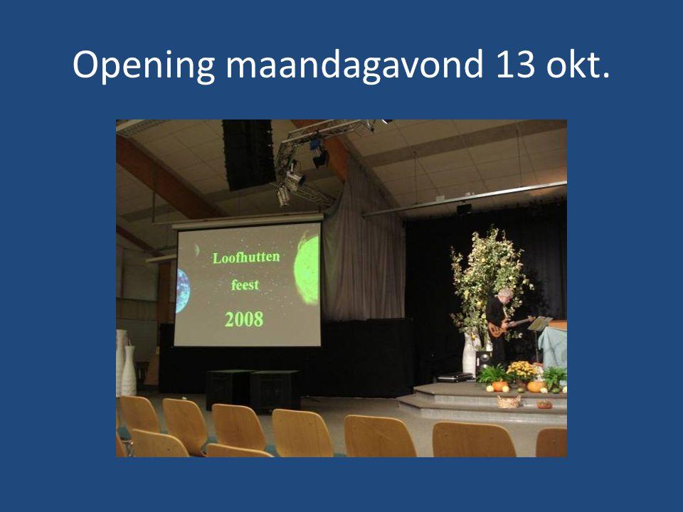 Henk Dekker, activiteitencoördinator elke dag gaf hij een weergave van de activiteiten, en aandachtspunten.