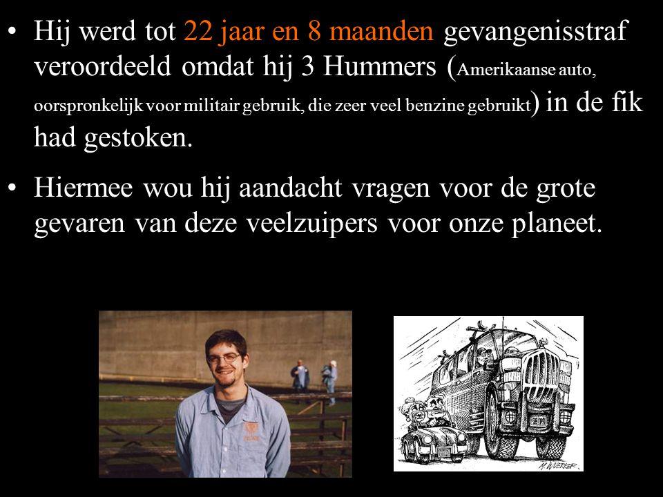 •'Toevallig' is, dat terwijl de elektrische voertuigen massaal vernietigd werden, die met verbrandingsmotoren goed beschermd werden. •In juni 2001 nam