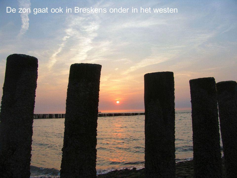 De zon gaat ook in Breskens onder in het westen