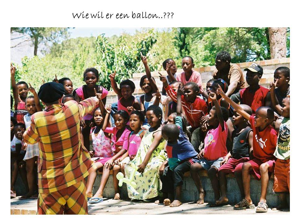 Wie wil er een ballon..???