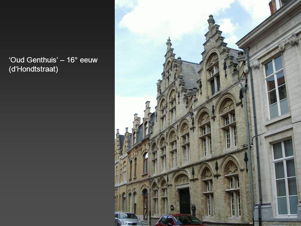 Enkele van de vele, typische, Vlaamse gevels (renaissancestijl) Gevel 'De Trompet' (Grote Markt) Gevel 'Oud Stadhuis' (Grote Markt)