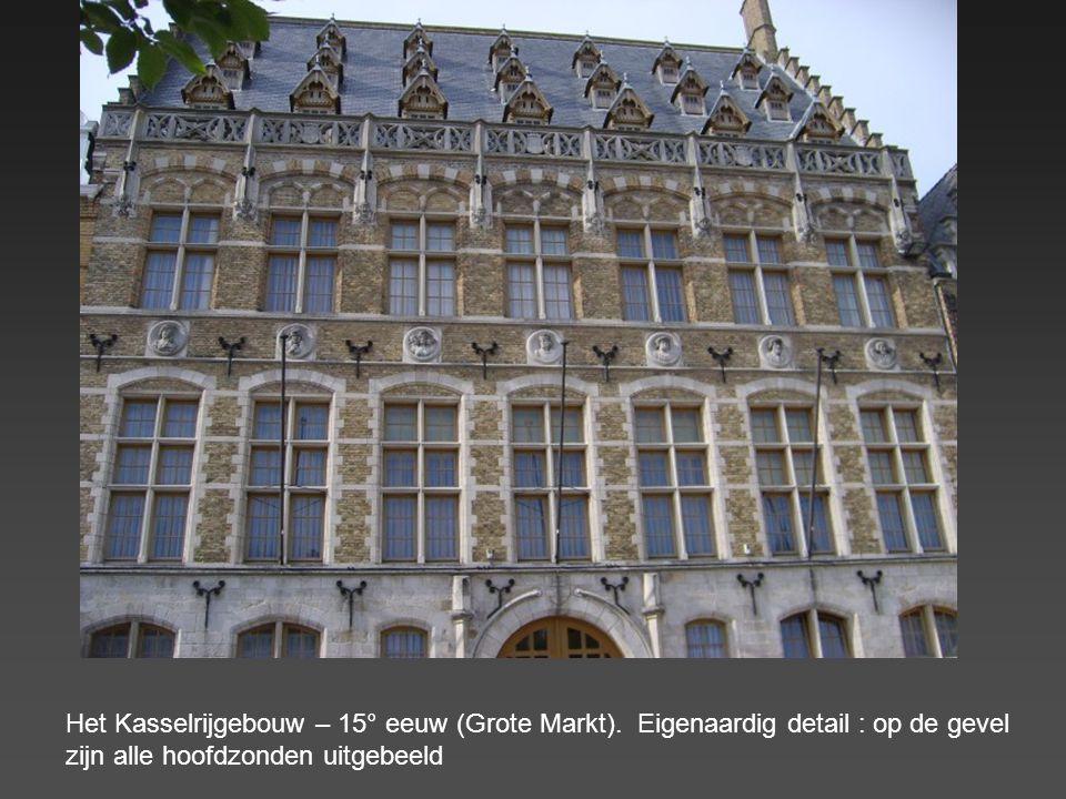 De Grote Markt : 2° grootste marktplein in België (na Sint Niklaas). Hier werden, tijdens de Middeleeuwen, de heksen verbrand.