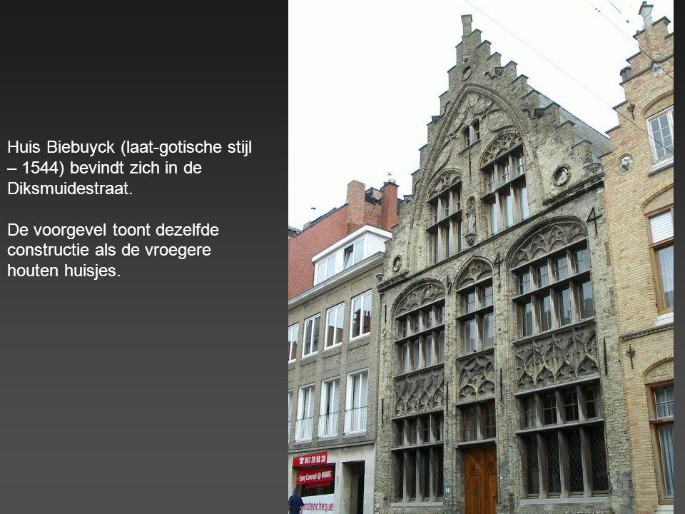 Bellegodshuis in de Rijselsestraat (1276) Gesticht door weduwe Salamon Belle, heer van Boezinge. Op de voorgevel staan de stichters, geknield boven hu