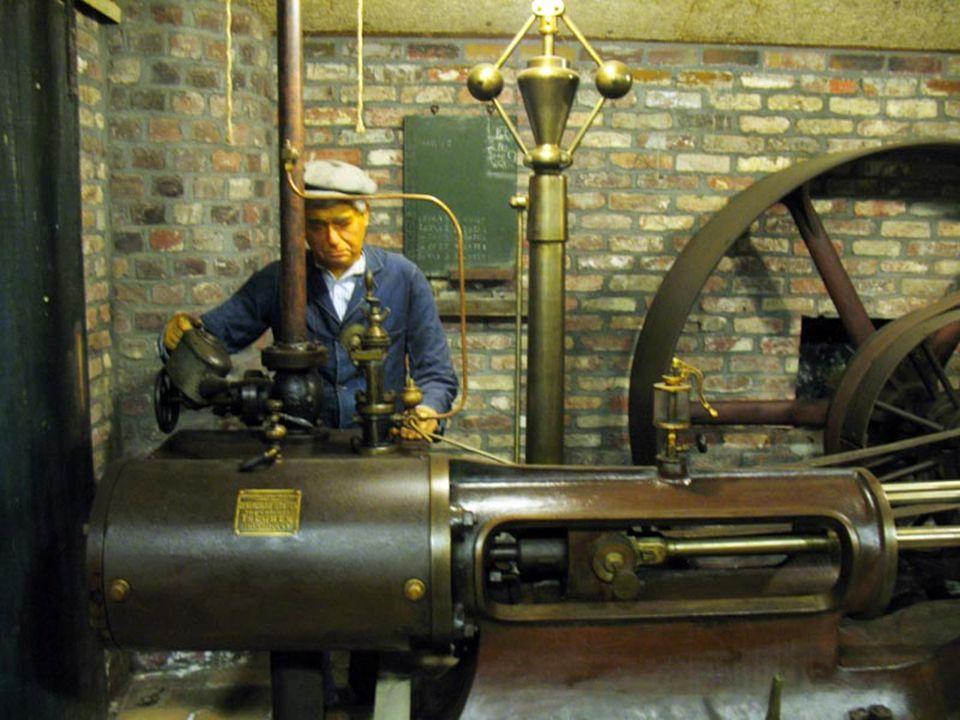 De Vlaamse Stermolen vanaf 1860 belangrijke stap van zwingelen 8 10 of12 houten Zwingelspanen.