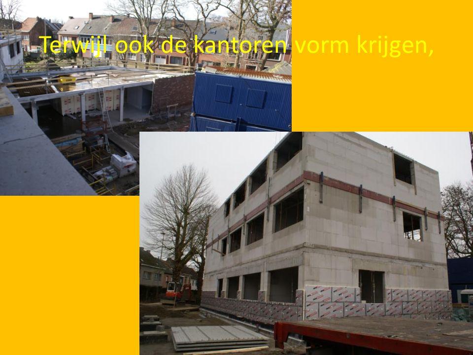 Ook in het kantoorgebouw is de aanleg van de elektrische installatie begonnen.