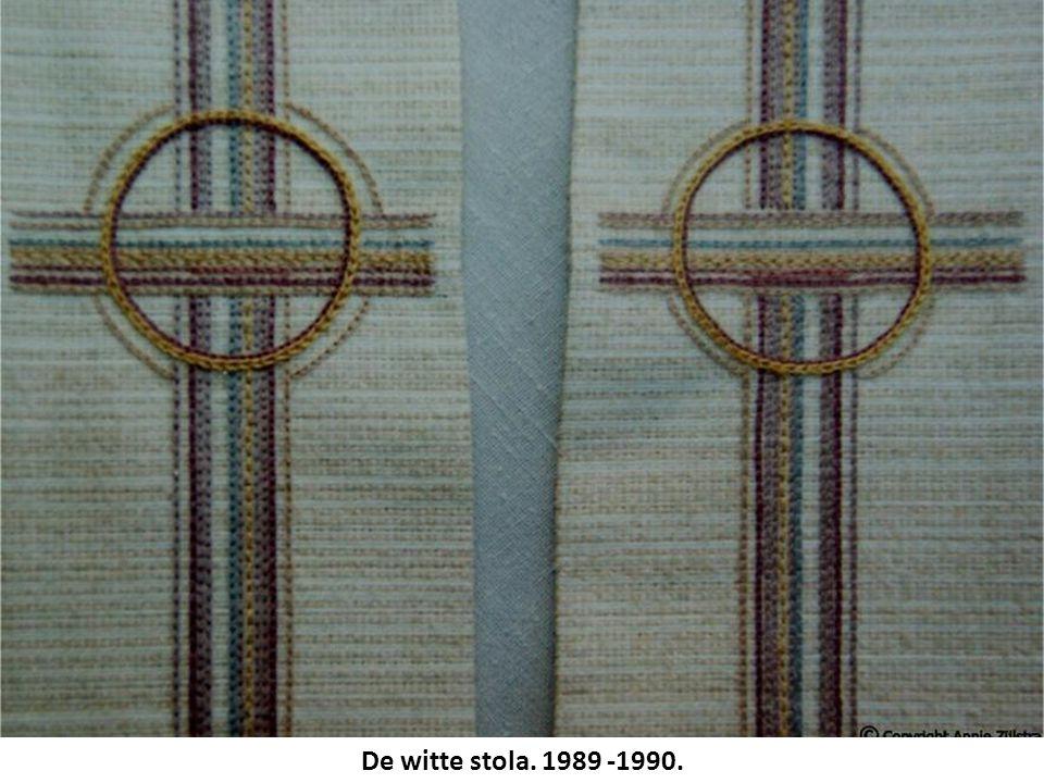 De witte stola. 1989 -1990.