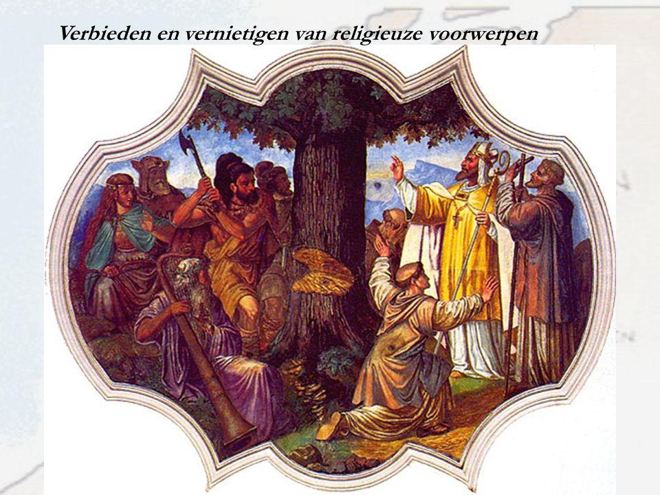 Germaanse gebruiken blijven bestaan ….nog in 789 vaardigde Karel de Grote een verordening uit waarbij hij verbood 'klokken te dopen' en 'stukken perkament op stokken te hangen tegen hagel'…..