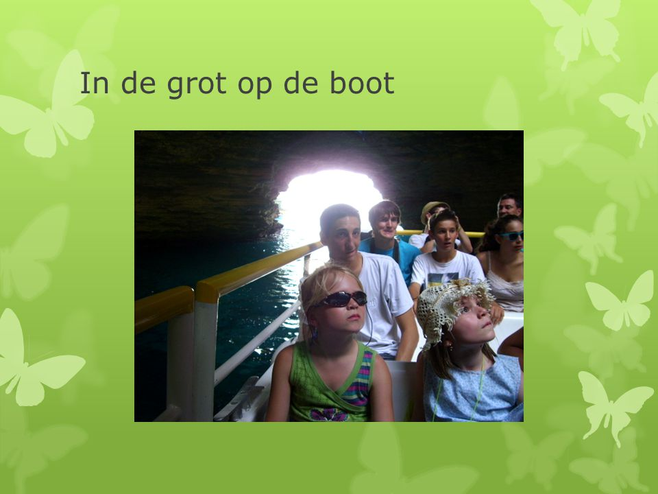 In de grot op de boot