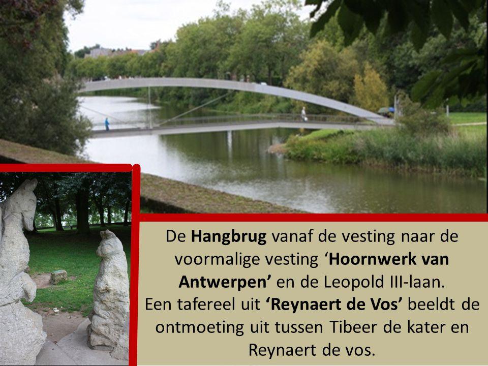 De Rijselpoort is de laatste overgebleven toegangspoort van de oorspronkelijke omwalling van Ieper. Tijdens de Bourgondische periode was dit de Mesenp