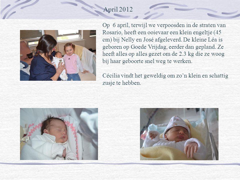 April 2012 Op 6 april, terwijl we verpoosden in de straten van Rosario, heeft een ooievaar een klein engeltje (45 cm) bij Nelly en José afgeleverd.
