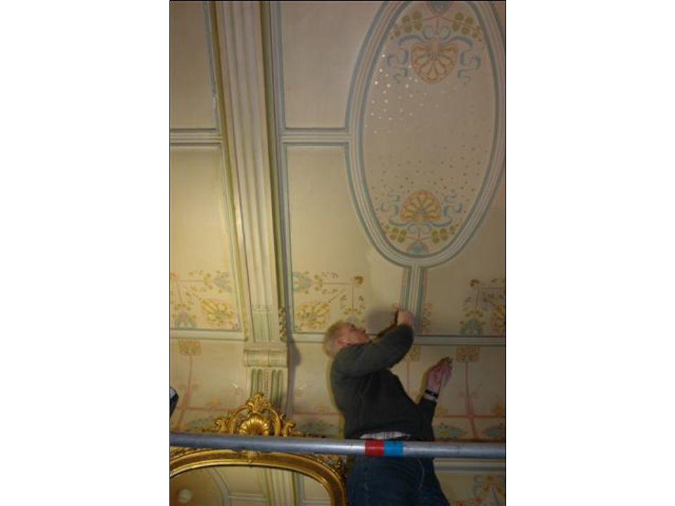 Hal Hekkelman, Leo Scholten •Oude retouches die aangebracht waren zowel op de pleisterlaag als op het linnen, naar de kleurstelling van de vervuilde retouches zijn weer weggehaald en teruggebracht in de originele kleurstelling.