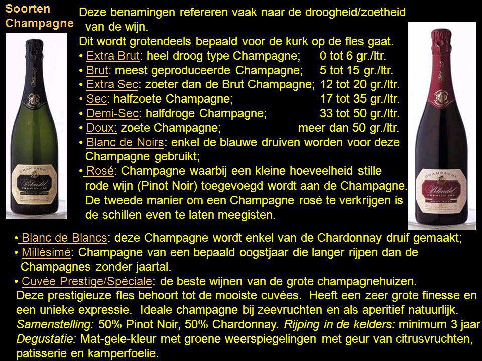 Sinds 1927 mogen voor de Champagnewijnen slechts drie druiven gebruikt worden: de blauwe Pinot Meunier en Pinot Noir druiven naast de witte Chardonnay