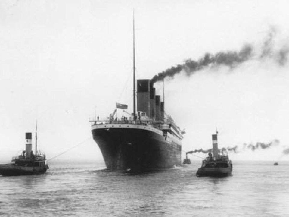 • Vergeet niet dat de Titanic met een snelheid van 21 knopen tegen de ijsberg sloeg. • Het was dus onmogelijk nog de aanvaring te ontlopen. •