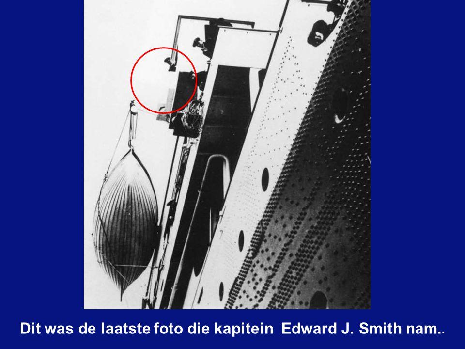 "Edward J. Smith was reeds jaren zeekapitein bij ""WHITE STAR LINE"" en had 38 jaar ervaring."