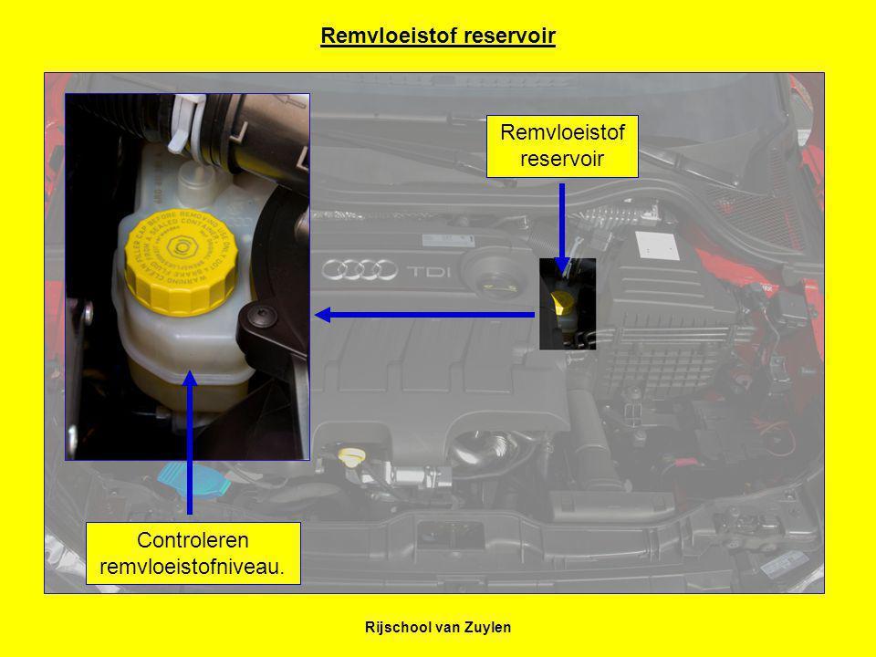 Rijschool van Zuylen Remvloeistof reservoir Remvloeistof reservoir Controleren remvloeistofniveau.