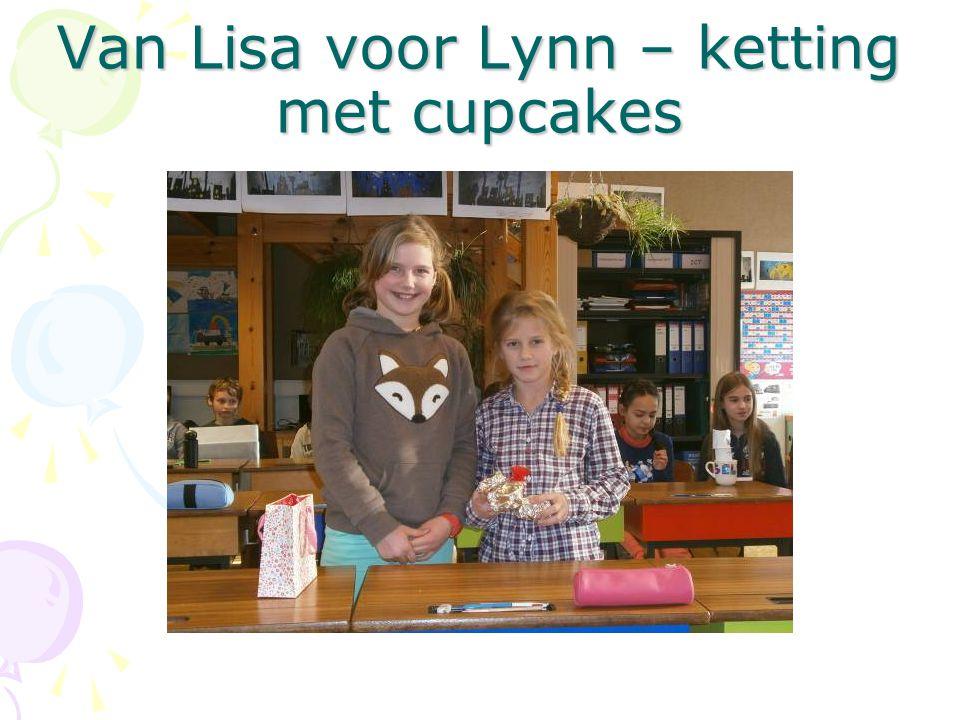 Van Lisa voor Lynn – ketting met cupcakes