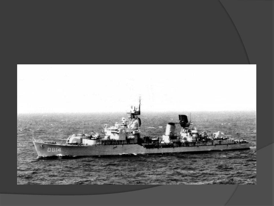 Van mei tot december 1960 maaket het schip, tesamen met Hr.Ms. Karel Doorman en Hr. Ms. Groningen een reis van vlagvertoon langs de 5 werelddelen, waa