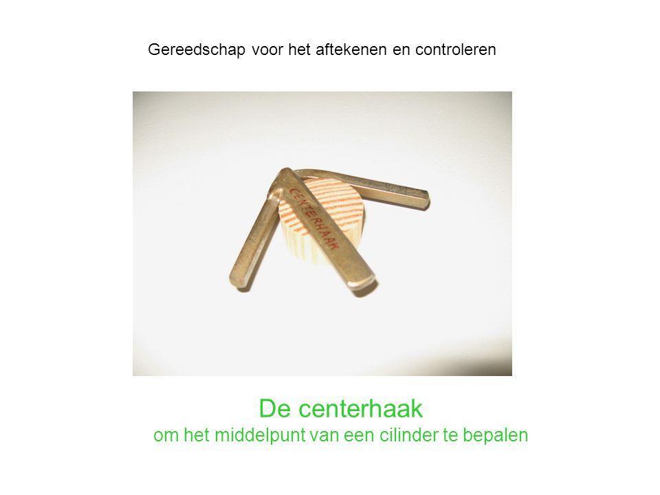 De centerhaak om het middelpunt van een cilinder te bepalen Gereedschap voor het aftekenen en controleren