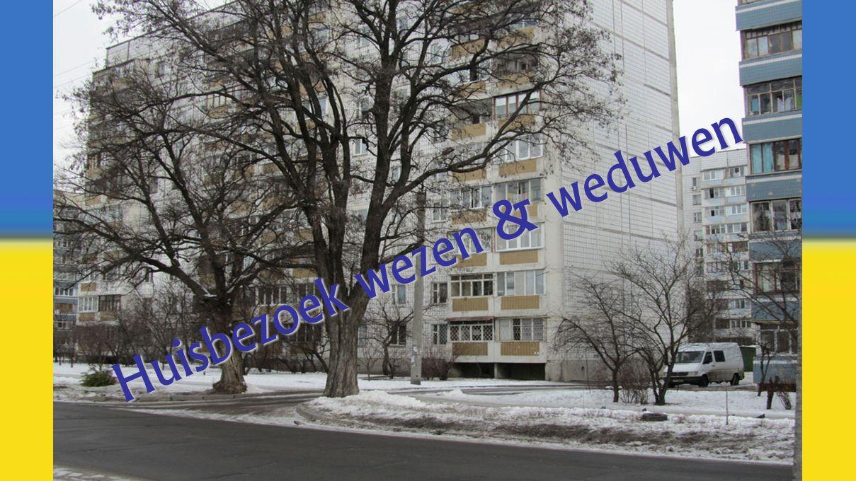Huisbezoek wezen & weduwen