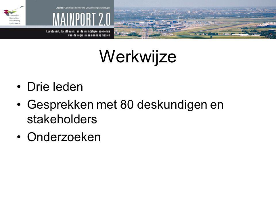 Twee strategieën •Economisch: Mainport 2.0 – Initiatief Rijk •Ruimtelijk: Integrale gebiedsontwikkeling Metropoolregio Amsterdam – initiatief Provincie – Gemeenten