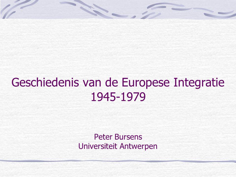 1969-1979: van Euro-optimisme naar Euro-pessimisme de Frans – Duitse relatie •Zeer goede persoonlijke relatie tussen Schmidt en Giscard d'Estaing •Onderling akkoord om de topontmoetingen te institutionaliseren in de Europese Raad (met de directe EP-verkiezingen als zoenoffer).