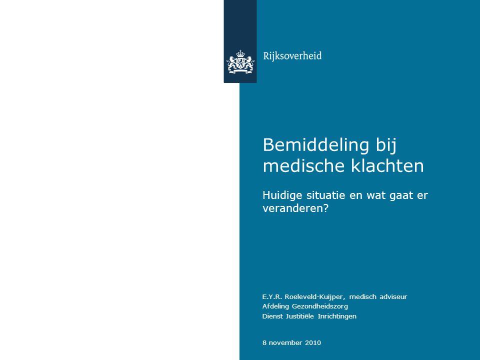 Bemiddeling bij medische klachten   8 november 2010 2 Huidige situatie (sinds 1999) - Artikel 42 lid 5 Penitentiaire Beginselenwet; - Artikel 28 en 29 Penitentiaire Maatregel; -Medische klachten gaan ter bemiddeling naar medisch adviseur (MA) -via CvT, of -rechtstreeks aan MA gezonden door klager, of -via advocaat van klager gezonden aan MA