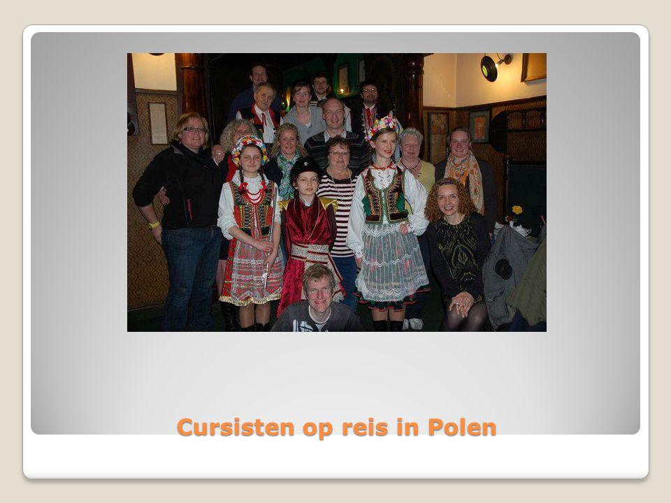 Cursisten op reis in Polen