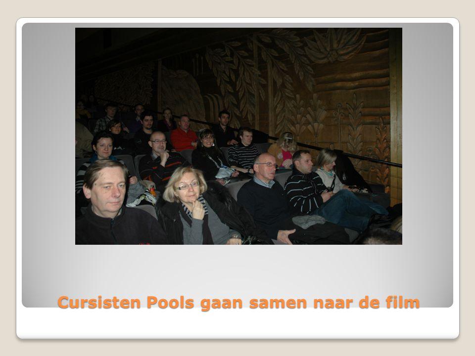 Cursisten Pools gaan samen naar de film