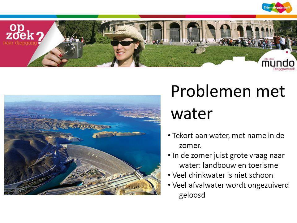 Problemen met waterwater [bron 27] • Tekort aan water, met name in de zomer.