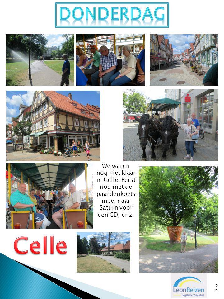 21 We waren nog niet klaar in Celle. Eerst nog met de paardenkoets mee, naar Saturn voor een CD, enz.