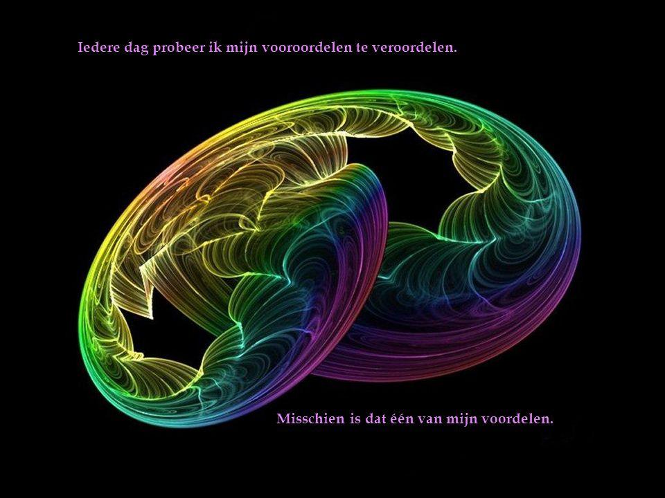 De mens is altijd op reis van het verleden naar de toekomst, van dichtbij of veraf en, als het goed is, ook in zichzelf.