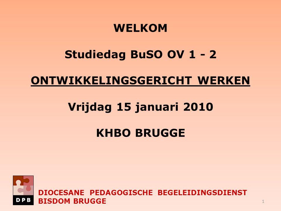 Voorstelling programma 9.00 – 9.30 Onthaal met animatie Met dank aan Chris Vandenberghe en Marlies Leplae (BuSO De Lovie Poperinge) 9.30 – 10.15 DIOCESANE PEDAGOGISCHE BEGELEIDINGSDIENST BISDOM BRUGGE  Verwelkoming Toon Ducatteeuw  Op weg met mensen met mogelijkheden Hans Buyle  Samen Wijs Geert Buffel 2