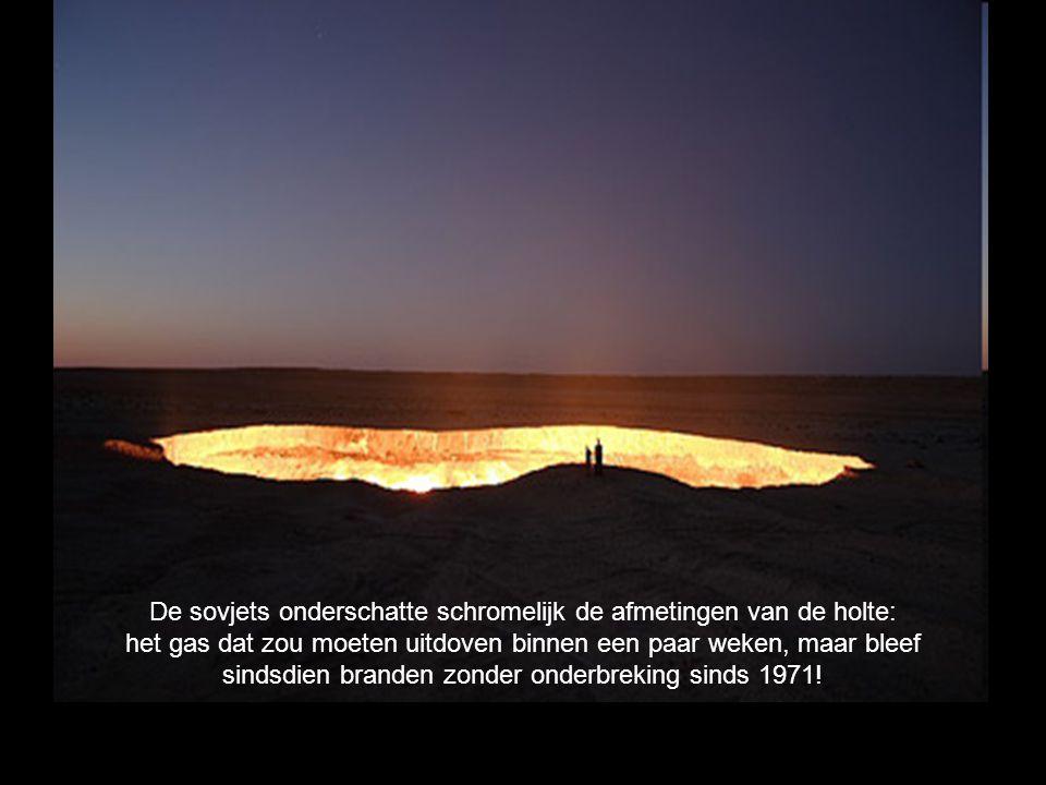 Het is onbekend voor hoe lang de deur van de Hel zal blijven branden.