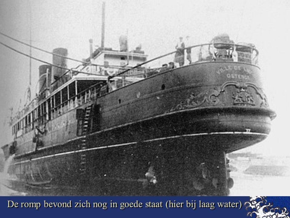 """Op 11 februari 1929 bij aankomst te Dover met een stormachtige zuidwester liep de""""Ville de liege"""" op de rotsen en zonk."""