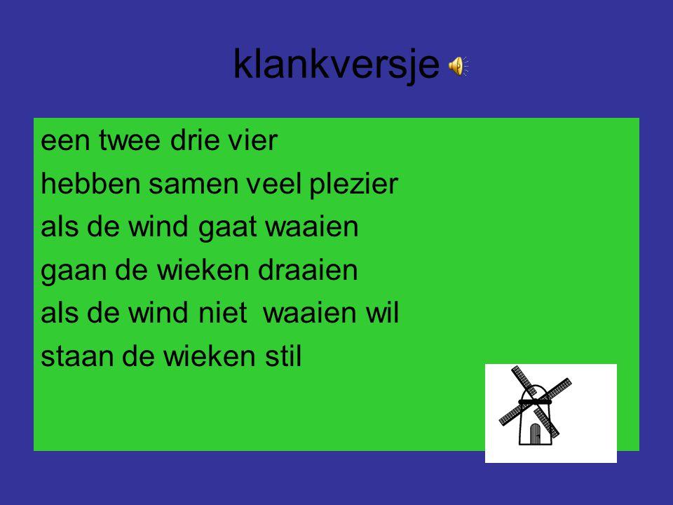 klankversje Piet van Tiel zijn nieuwe fiets heeft drie wielen en vier wieken nu zegt ieder zonder liegen ik heb Piet z'n fiets zien vliegen