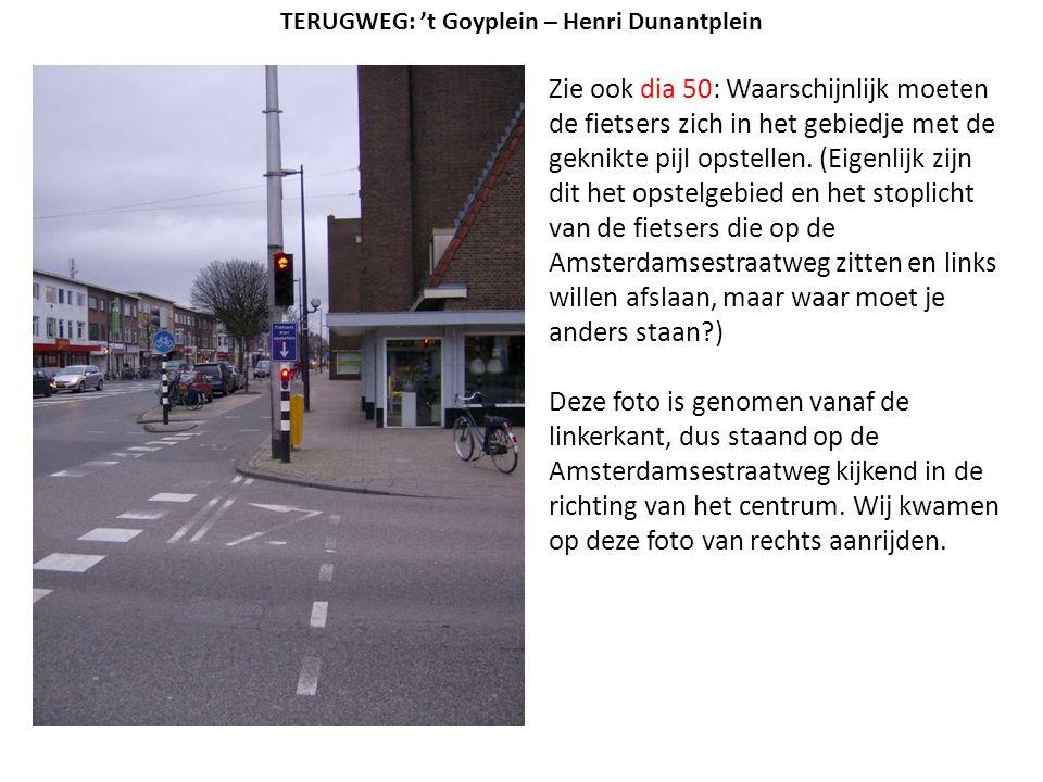 Zie ook dia 50: Waarschijnlijk moeten de fietsers zich in het gebiedje met de geknikte pijl opstellen. (Eigenlijk zijn dit het opstelgebied en het sto
