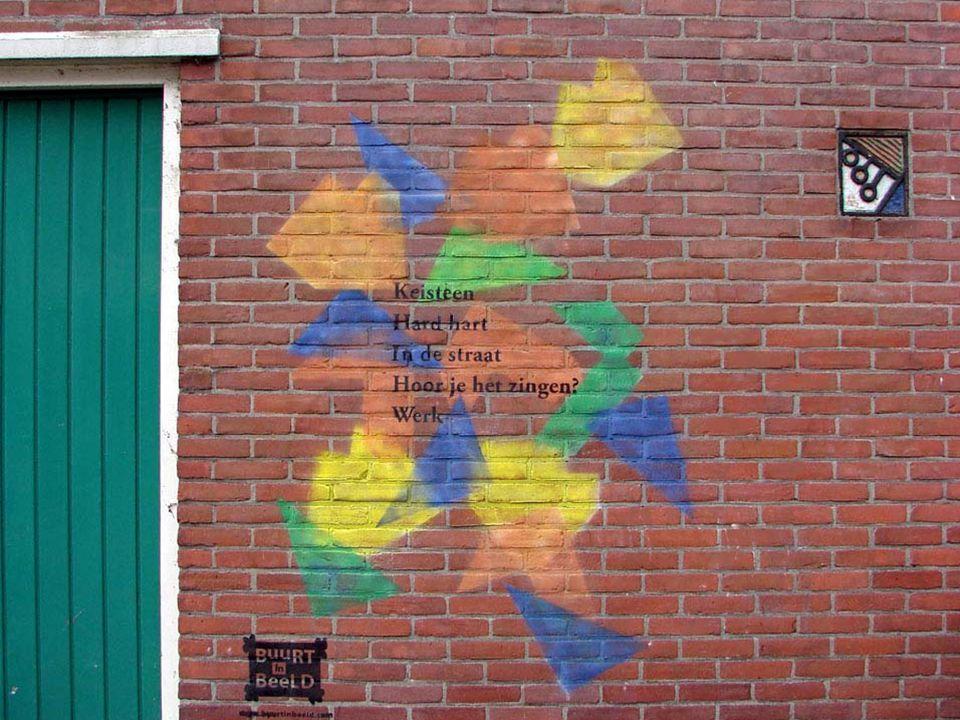 Eén van de vier muurschilderingen van buurtbewoners